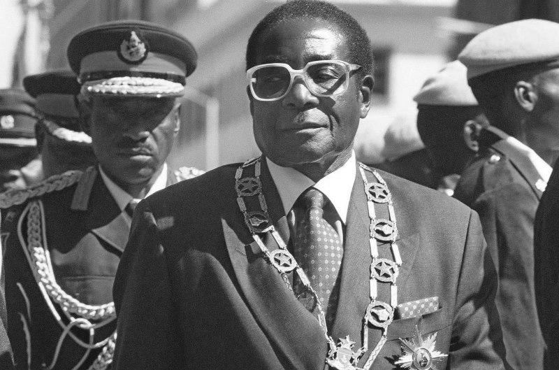 Приклади диктатури
